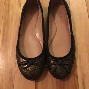 Shoes - Banana Republic Gold Leather Flats with Black Bows